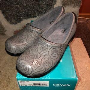 Women's Softwalk shoes Gray